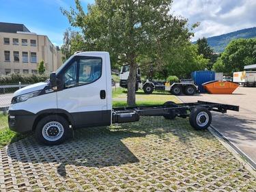 Kall37_1168925 vehicle image