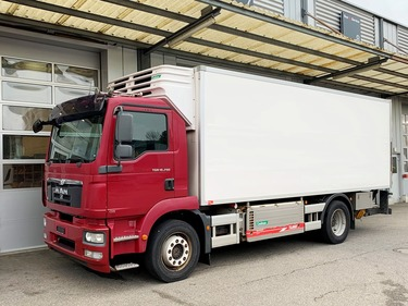 MAN126_1096934 vehicle image