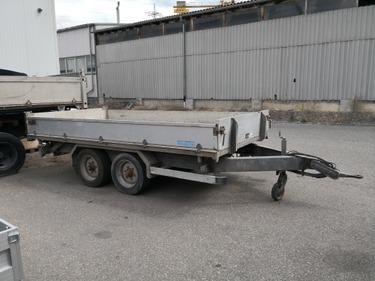 SEDU206_776075 vehicle image