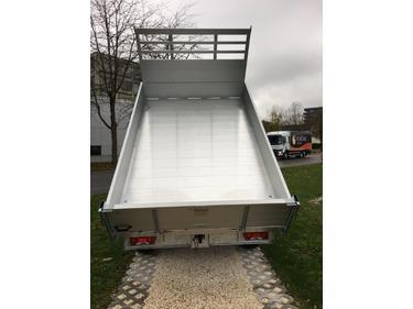 MUTT1288_934737 vehicle image