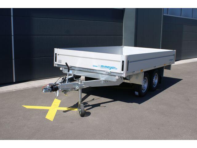 RSGA7710_1176945 vehicle image