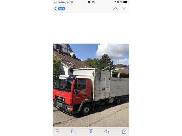 0425019 vehicle image