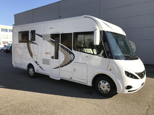 BASE719_930552 vehicle image