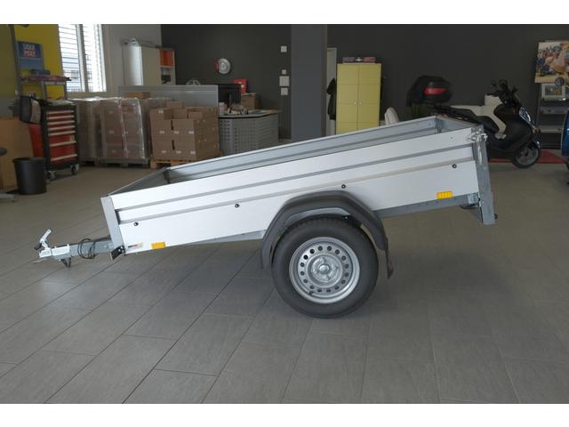 SCHU5250_1050505 vehicle image