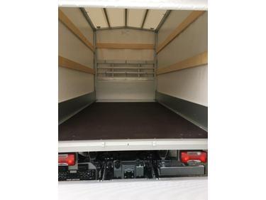 MUTT1288_819082 vehicle image