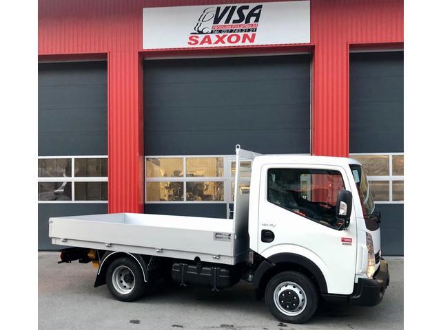 VISA147_1068732 vehicle image