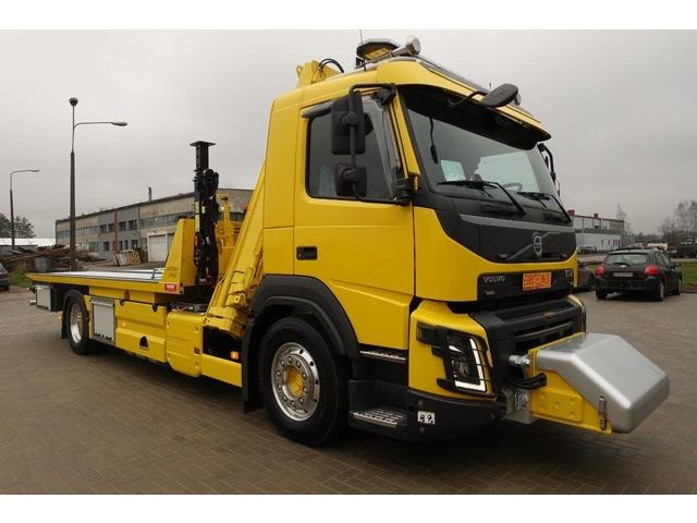 EURO7442_1094715 vehicle image