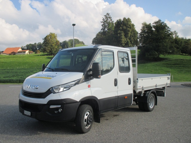 KOLL209_830320 vehicle image