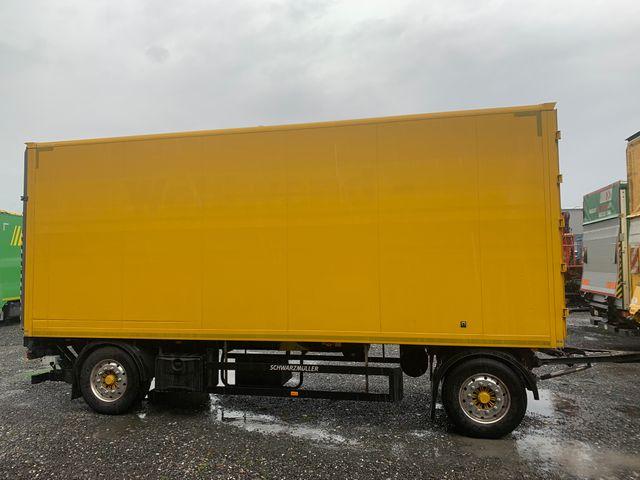 EBER138_1193114 vehicle image