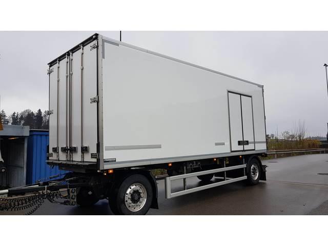 THOM6454_1074326 vehicle image