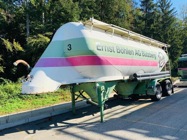 ZELJ895_1030434 vehicle image
