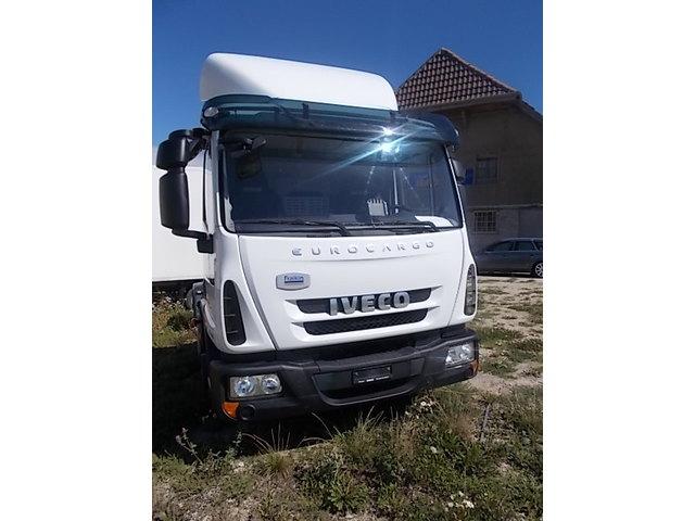JAQU922_1038173 vehicle image