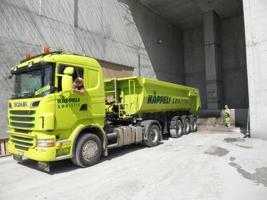 KAEP288_1211127 vehicle image