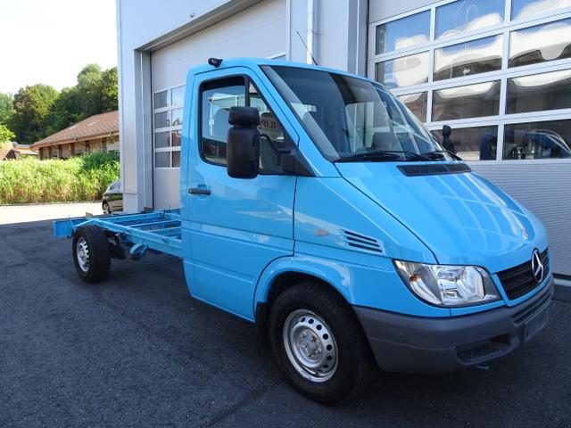 FILI229_809474 vehicle image