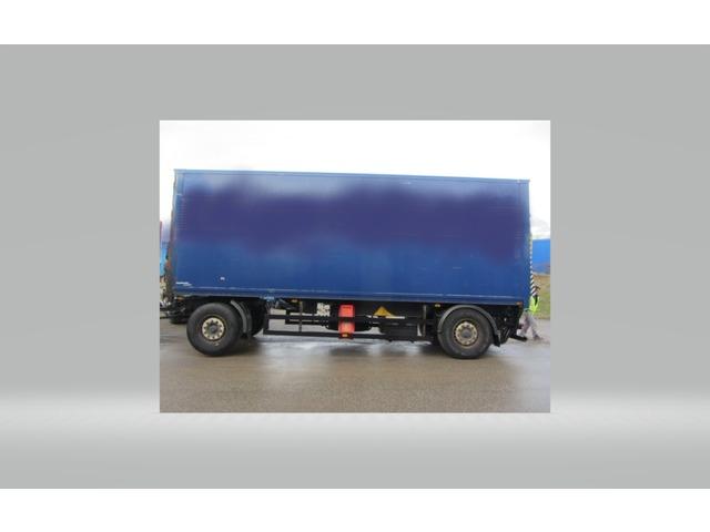 JAQU922_920655 vehicle image