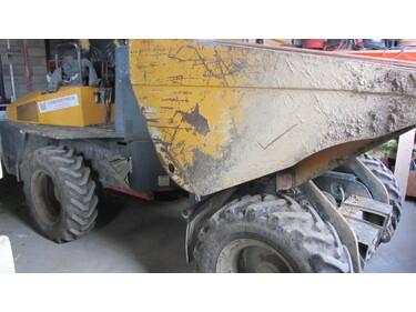 JAQU922_1108595 vehicle image