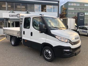 STUD177_1035818 vehicle image