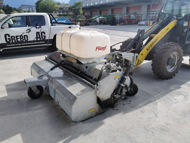 GREB6550_1158879 vehicle image