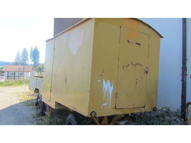 JAQU922_1208714 vehicle image