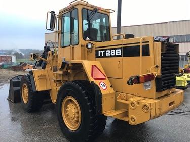 CHAR2826_1067322 vehicle image