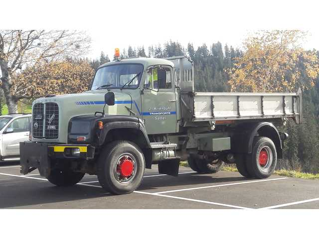 KIEN210_895250 vehicle image