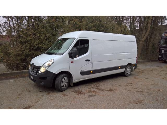 NFZA11_665707 vehicle image