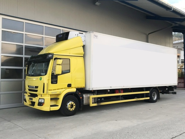 MAN126_671368 vehicle image