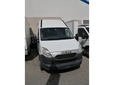 SEDU206_946227 vehicle image