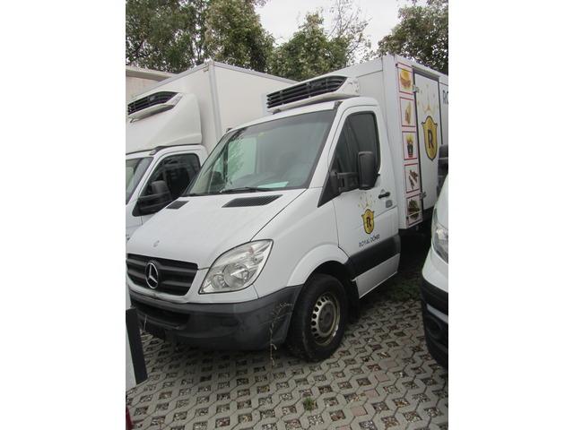 JAQU922_1033073 vehicle image
