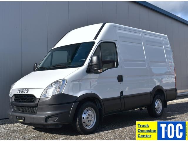 TOC1273_1108867 vehicle image