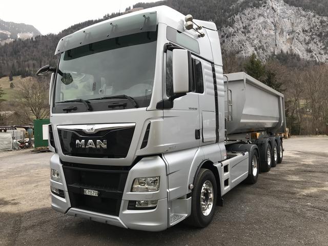 0126019 vehicle image