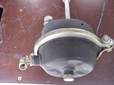 RARO1486_711850 vehicle image