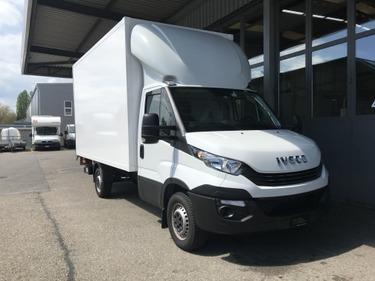 NAEF243_963055 vehicle image