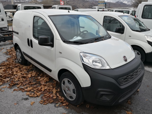 SEDU206_889330 vehicle image