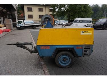 LIEZ3222_1055979 vehicle image