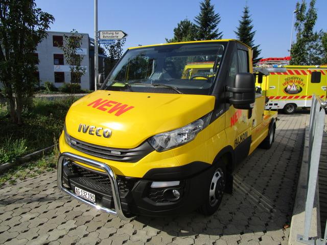 FALK4331_652004 vehicle image