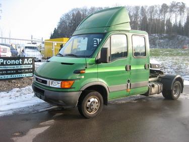 PRON1188_920647 vehicle image