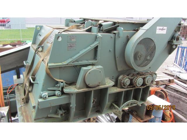 JAQU922_960963 vehicle image