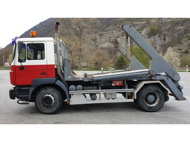 SPRA789_951050 vehicle image
