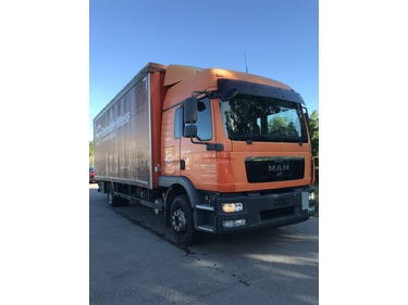 TOMY4226_1184004 vehicle image