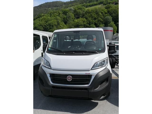 SEDU206_967664 vehicle image