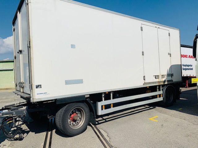 ZELJ895_1209985 vehicle image
