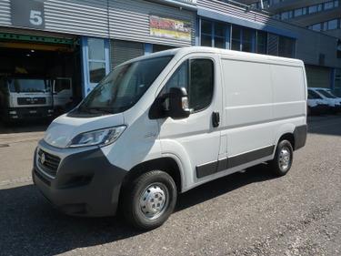 BASE719_916020 vehicle image