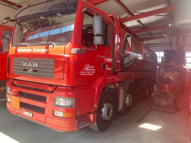 ZELJ895_1209990 vehicle image