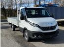 STUD177_1026377 vehicle image