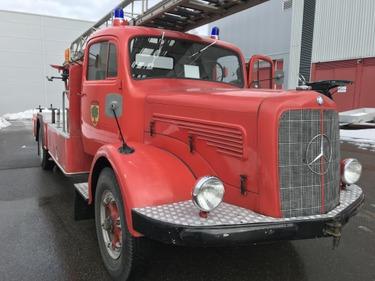 TAMZ4659_927765 vehicle image