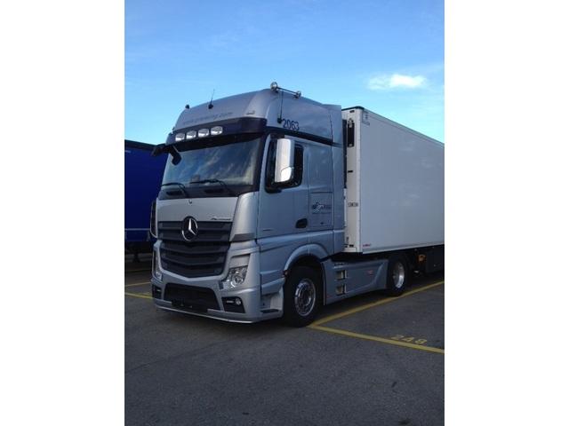 GTT5244_887945 vehicle image