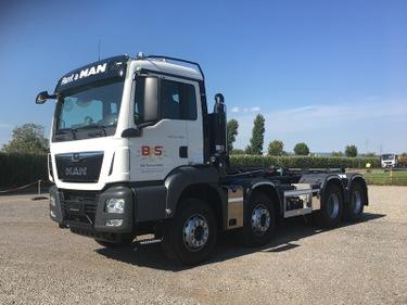 BFS260_622246 vehicle image