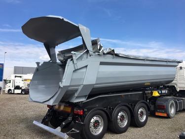 BFS260_969458 vehicle image