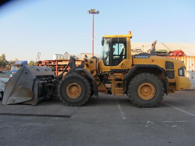 KAEP288_1074182 vehicle image